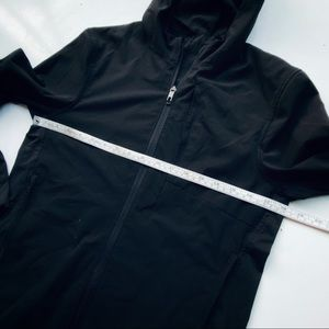 lululemon athletica Jackets & Coats - Lululemon Women's Windbreaker Running Jacket